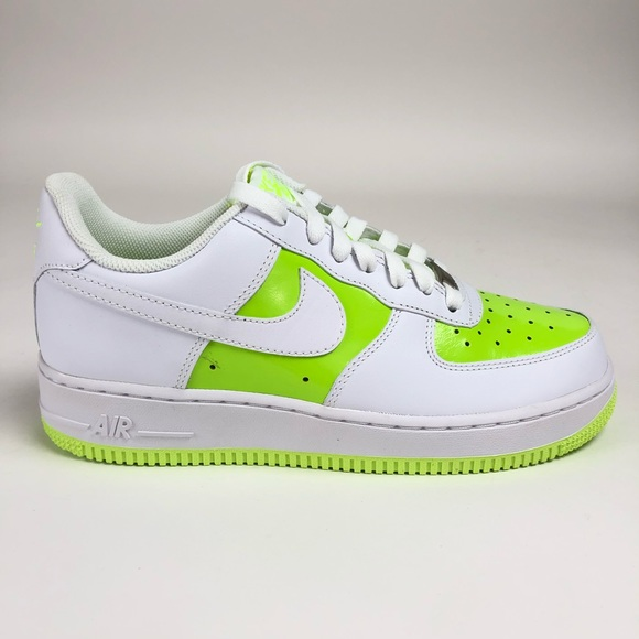 Nike Air Force 1 '07 Womens Neon Low Top Sneakers NWT